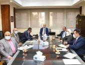 وزير الإسكان يعقد اجتماعه الثاني  لمتابعة مشروع تنمية أراضى الساحل الشمالي الغربى