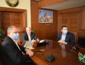 محافظ بورسعيد يتابع أعمال تطوير عدد من المناطق بحى الضواحى.. صور