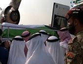 نقل جثمان الشيخ صباح الأحمد من الطائرة الأميرية لبدء مراسم التشييع