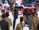 وصول جثمان الشيخ صباح الأحمد إلى مسجد بلال بن رباح لبدء صلاة الجنازة