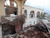 الأمطار تتسبب فى انهيار مبنى ثالث أكبر متحف باليمن.. (صور)