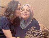هبة مجدي تحتفل بعيد ميلاد والدتها: ربنا ما يحرمني منك وتفضلي جنبي العمر كله