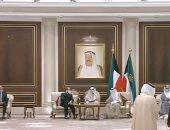 أمير الكويت وكبار المسؤولين في مقدمة مستقبلى الرئيس السيسي