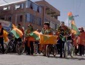 قوافل الدراجات وسيلة الأحزاب فى بوليفيا للترويج للمرشحين للانتخابات.. فيديو