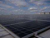 أكبر مستودع لأمازون فى أوروبا يستضيف 11500 لوح شمسى على سطحه (صور)