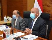 وزيرا النقل والتنمية المحلية يتابعان معدلات تنفيذ المرحلة الأولى من مشروع رصف الطرق