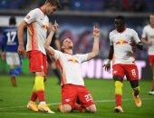 """لايبزيج يتصدر الدوري الألماني برباعية ضد شالكه """"المنهار"""".. فيديو"""
