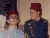 """عمرو عبد الجليل وأحمد السقا أيام """"الكحرتة"""" فى عرض مسرحى لمشروع تخرج"""