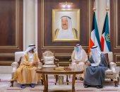 محمد بن راشد يلتقى أمير الكويت لتقديم واجب العزاء فى الشيخ صباح الأحمد