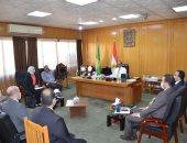 محافظ الإسماعيلية يستقبل وفد ممثلى البرنامج الرئاسي لتأهيل وتدريب التنفيذيين