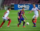 إشبيلية يوقف انتصارات برشلونة بأول تعادل تحت قيادة كومان.. فيديو