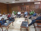 محافظ شمال سيناء يستقبل نائب وزير الإسكان ورئيس جهاز التعمير