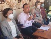 محافظ الإسكندرية يلتقى أهالى الكيلو 26 للاستماع لشكواهم الخاصة بالخدمات.. فيديو