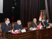 رئيس جامعة القاهرة يعلن بدء الإطلاق التجريبى لمنصة الاختبارات والتصحيح الإلكترونية