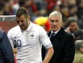 بنزيما يبرأ ديشامب من تهمة استبعاده من المنتخب الفرنسي