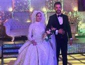 أصدقاء عروسى الشرقية المتوفيين يتبرعون بأجهزة طبية لمستشفى ديرب نجم.. صور