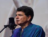 دفن جثمان الموسيقار الإيراني شجريان بالقرب من قبر شاعر كبير