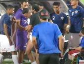 القلق يسيطر على لاعبى الزمالك بعد إصابة حازم إمام في مباراة دجلة.. فيديو
