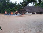 """""""الصليب والهلال الأحمر"""" يوجه نداء لتمويل جهود الإغاثة بفيتنام بسبب الفيضانات"""