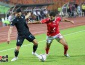 انطلاق مباراة الأهلي وبيراميدز في الجولة قبل الأخيرة للدوري
