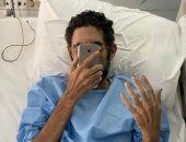 القوى العاملة تتابع حالة عامل مصرى فقد بصره بإحدى عينيه فى حادث سير بالكويت
