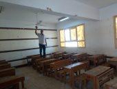 رئيس مدينة سفاجا : ملتزمون بتطبيق الإجراءات الاحترازية فى المدارس (صور)