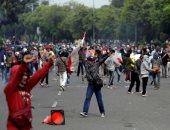 احتجاجات فى إندونيسيا على قانون جديد للعمل تدخل أسبوعها الثانى