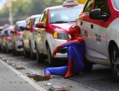 مظاهرة بالوردى والأبيض.. سائقو الأجرة بالمكسيك يحتجون بالسيارات ضد تطبيقات الركوب.. ألبوم صور