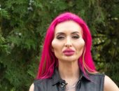"""بسبب عمليات التجميل.. عارضة أزياء أوكرانية تحظى بــ""""أكبر خدين فى العالم"""".. صور"""