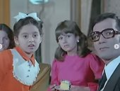 صابرين تنعى محمود ياسين وتنشر 4 صور جمعتها به أيام الطفولة فى فيلم سينمائي