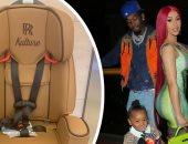 أوفست يشترى مقعد سيارة لابنته كولتور سعره 8000 دولار .. شوف الصور