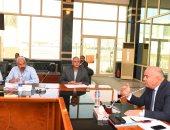 محافظ قنا يؤكد تخصيص 3 مليار جنيه لتطوير مرافق المناطق الصناعية بنجع حمادى