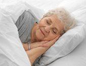 س و ج.. لماذا يقل نومك مع تقدمك فى السن؟