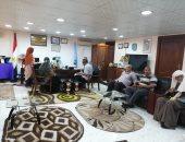 رئيس مدينة سفاجا تبحث 25 شكوى وطلب فى لقائها بالمواطنين..صور