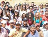وزيرة الهجرة ترافق طلاب مصريين بالخارج فى زيارة لمنطقة سقارة الأثرية.. صور