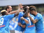 نابولي يتقدم على أتالانتا 4-0 فى الشوط الأول بالدوري الإيطالي.. فيديو