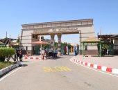 رئيس جامعة سوهاج يتفقد العمل بمبنى المعامل الطبية بتكلفة 52 مليون جنيه