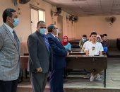 نائب رئيس جامعة بنها يتفقد كليتى الهندسة والزراعة بأول يوم دراسى