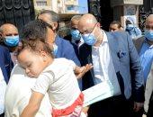 محافظ بنى سويف يأمر بإجراء جراحة لرضيع أثناء تفقده المراكز التكنولوجية