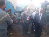 """رئيس """"مياه القناة"""" يتفقد سيارات ومعدات التعامل السريع مع السيول بالسويس..صور"""