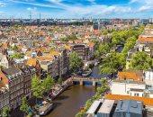 طائرتان تحلقان فى سماء أمستردام تسبب الإزعاج للسكان.. اعرف السبب