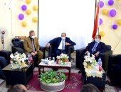 رئيس جامعة بنى سويف يلتقى بالعاملين وأعضاء هيئة التدريس بمجمع التعليم الصناعى