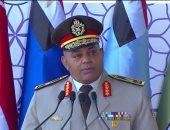 تسليم وتسلم القيادة بالكليات العسكرية للدفعات الجديدة
