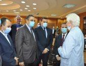 رئيس جامعة كفر الشيخ يتفقد الامتحان التأهيلى للدكتوراه بكلية التربية الرياضية
