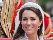 مجوهرات العائلة المالكة.. إليزابيث ترسل رسائل بها وخاتم ميجان له ذكرى رومانسية