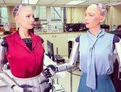 الروبوت صوفيا يغادر المختبر بهونج كونج للتجول حول العالم كمنصة بحثية