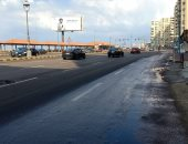 سيولة مرورية على كورنيش الإسكندرية وتحسن طفيف فى حالة الطقس.. فيديو وصور