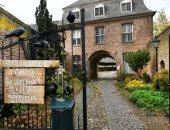 شرطة ألمانيا تعتقل هولندى يدعى النبوة لاتهامه باختطاف فتاة بمنزله