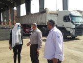 نائب محافظ القليوبية تتفقد المحطة الوسيطة والحملة الميكانيكية بحى شرق شبرا