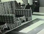 كاميرا مراقبة ترصد لحظة إطلاق مسلحين النار على مصارع روسى داخل مطعم.. فيديو
